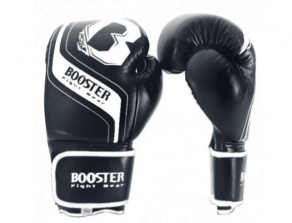 Zwart witte kickbokshandschoenen van Booster BT enforcer.