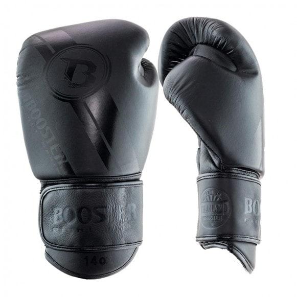 Mat zwarte kickbokshandschoenen van Booster Pro, de BGL V3 dark side.